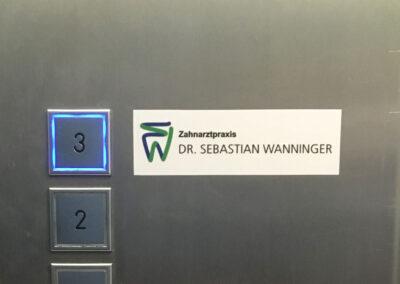 Aufkleber Aufzug