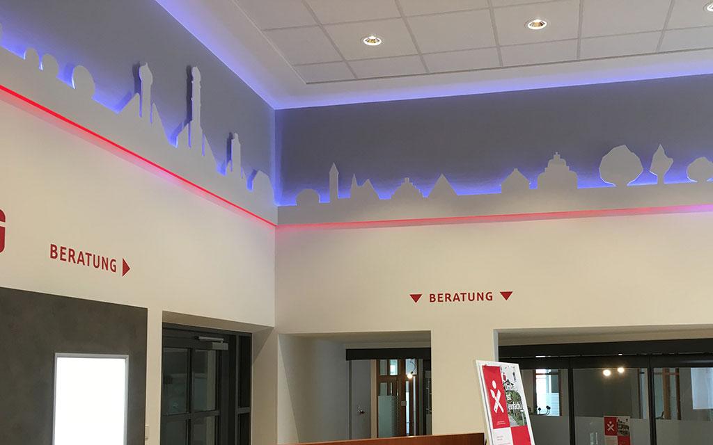 Wandfries mit LED Hintergrunfbeleuchtung